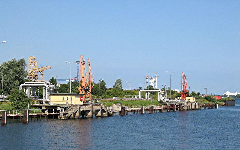 Ölhafen Rostock - Liegeplätze 1 und 2